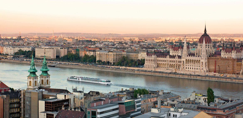 MS River Navigator i Budapest