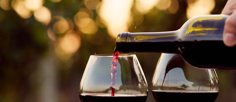Vinglass og vinflaske